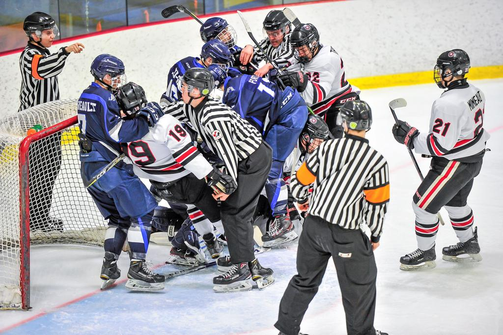 Finale Jeannois  Hockey match #2