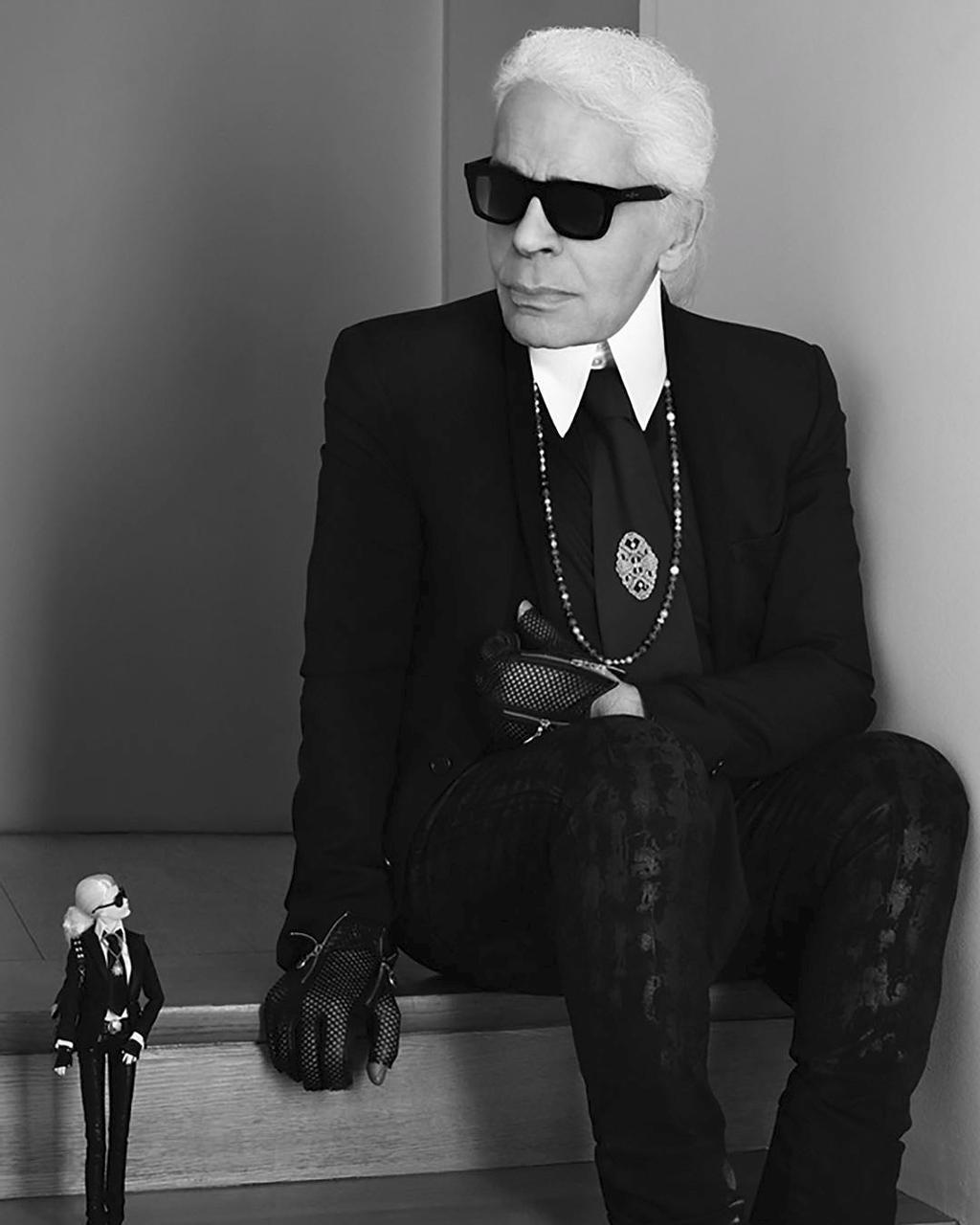 Karl Lagerfeld et la Barbie à son effigie