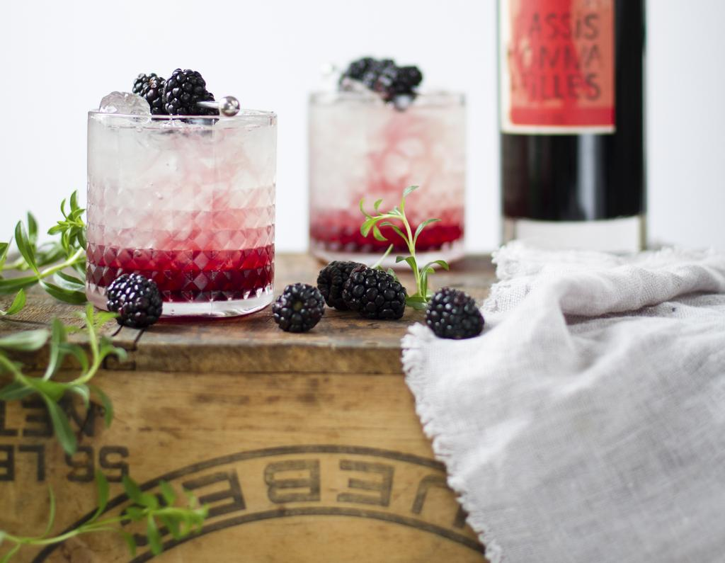 <em>Bramble </em>au cassis à la Monsieur Cocktail