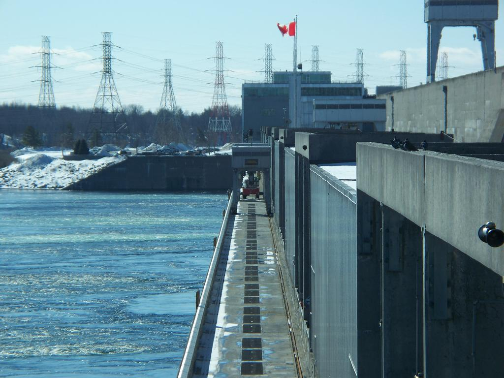 Le barrage Saunders.