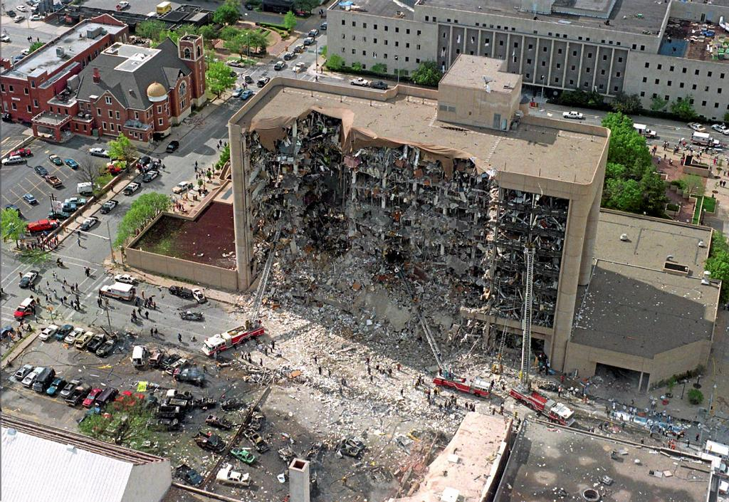 L'attentat de Timothy McVeigh à Oklahoma City en 1993 qui fit 168 morts fut l'action la plus éclatante du mouvement.