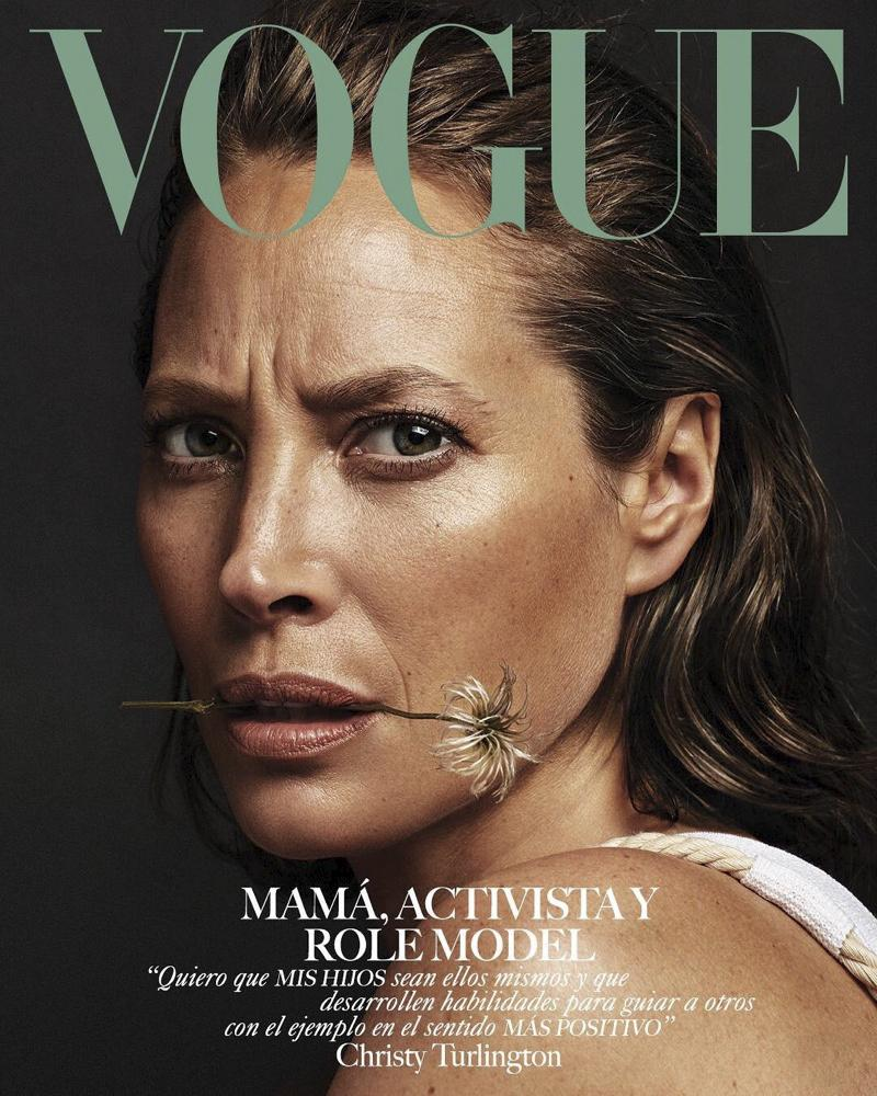 Christy Turlington en couverture du Vogue mexicain de mai 2019