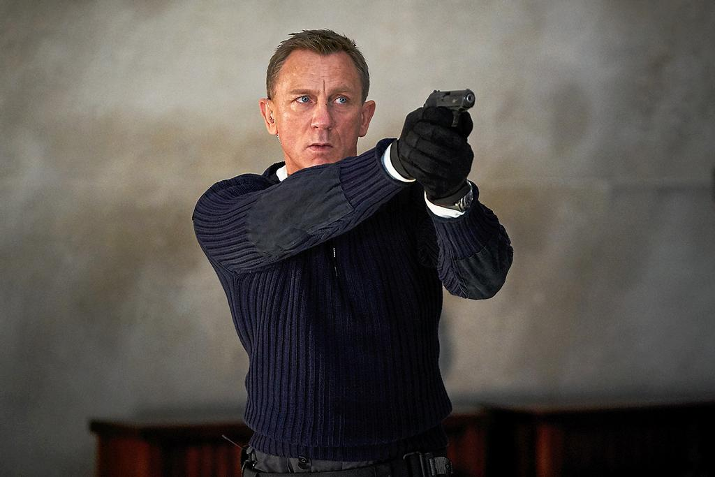 Daniel Craig dans la peau de l'increvable James Bond.