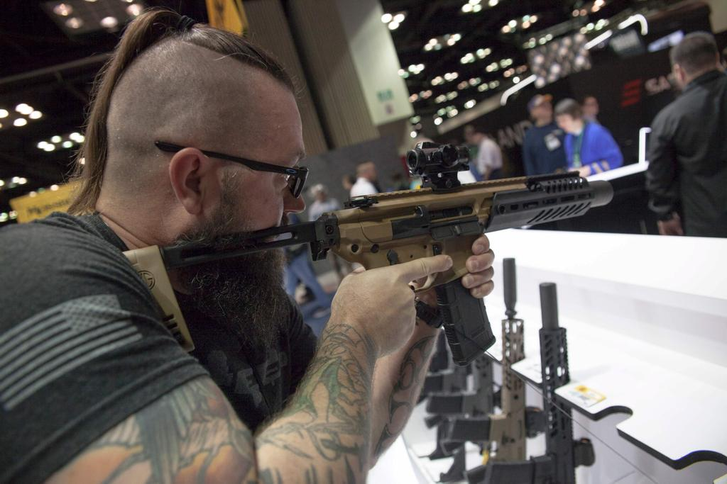 Les membres de la National Rifle Association (NRA) sont réunis ce weekend en convention annuelle à Indianapolis.
