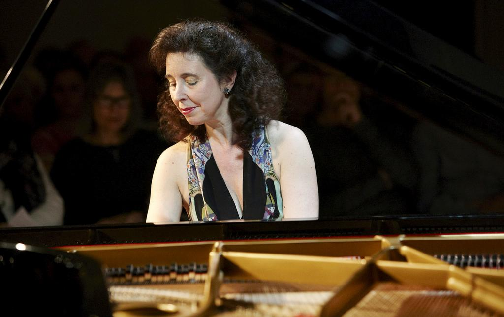 La pianiste ottavienne de réputation internationale Angela Hewitt