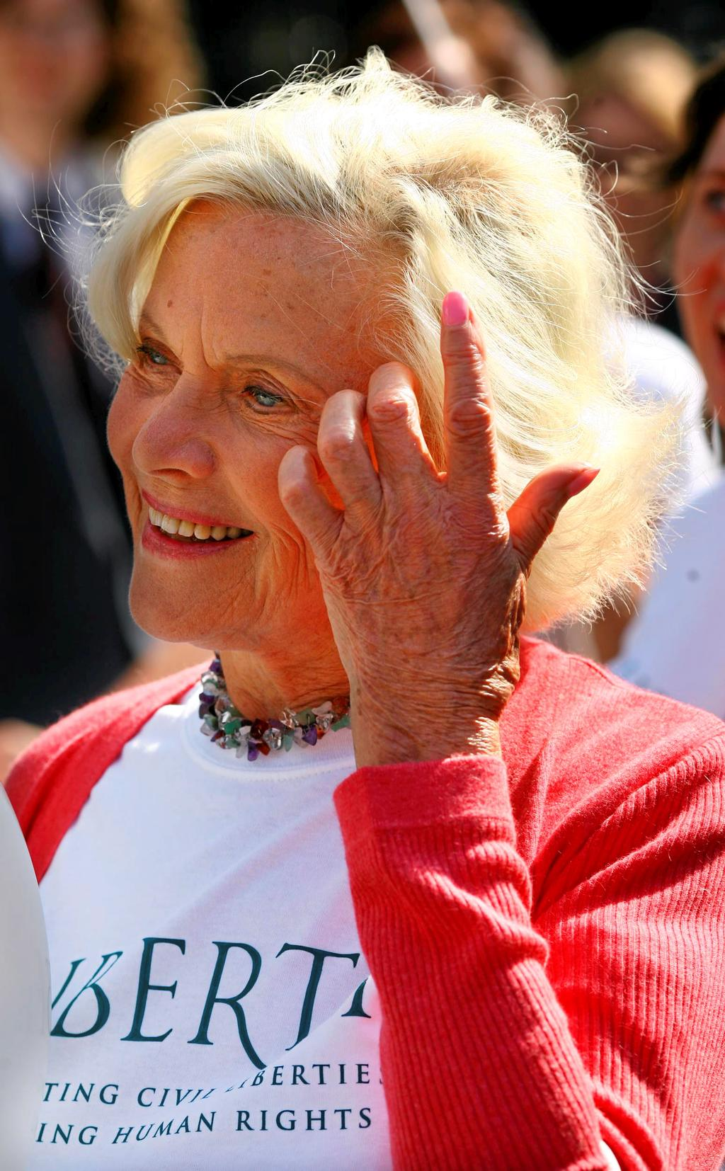 Honor Blackman en 2008.