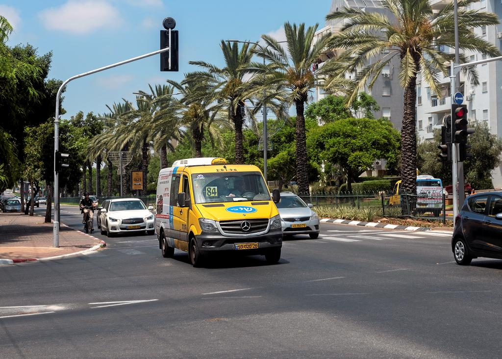 Taxi collectif à Netanya