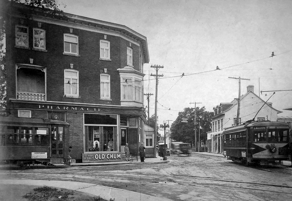 L'intersection des rues Fraser et Saint-Joseph, à Lauzon, en 1925