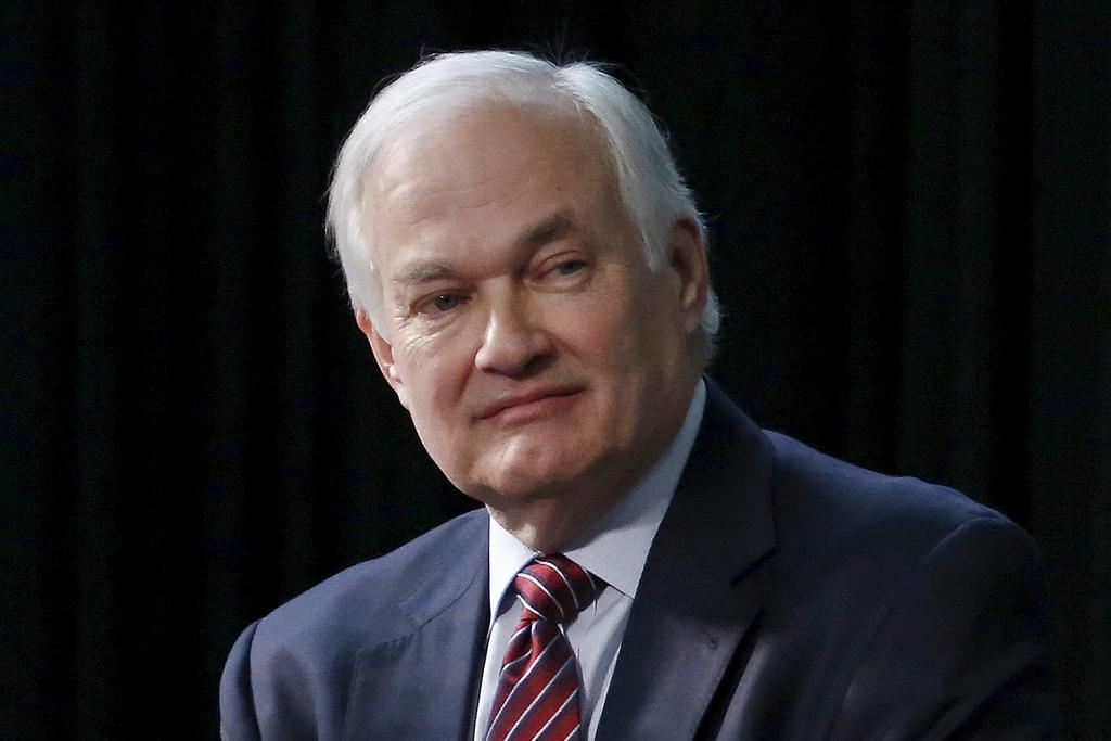 Donald Fehr président de l'Association des joueurs de la Ligue nationale de hockey (LNH)