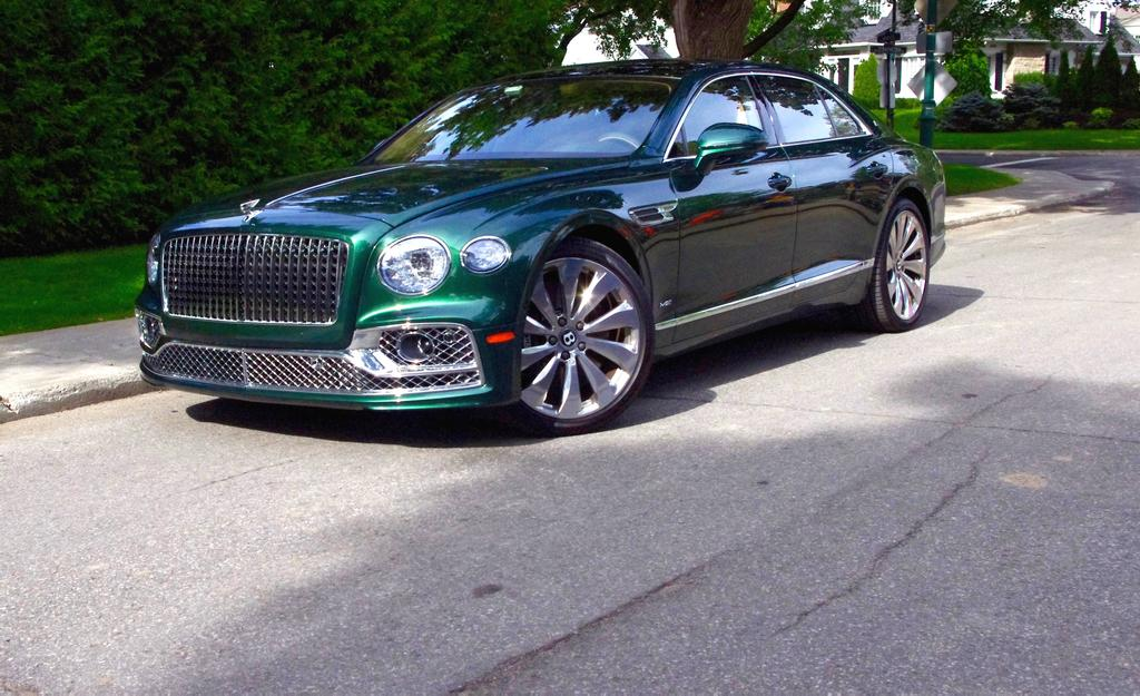 Essai-éclair — Bentley en trois temps: Flying Spur [PHOTOS]