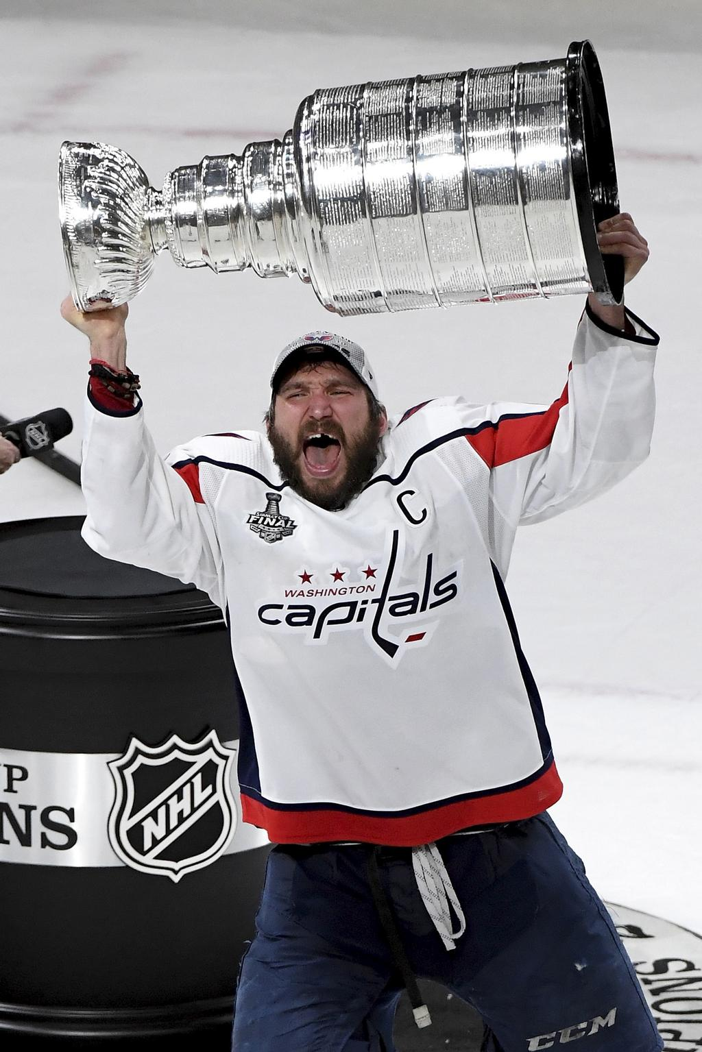Les Capitals de Washington, et leur capitaine Alex Ovechkin (photo), sont les champions en titre de la Coupe Stanley.