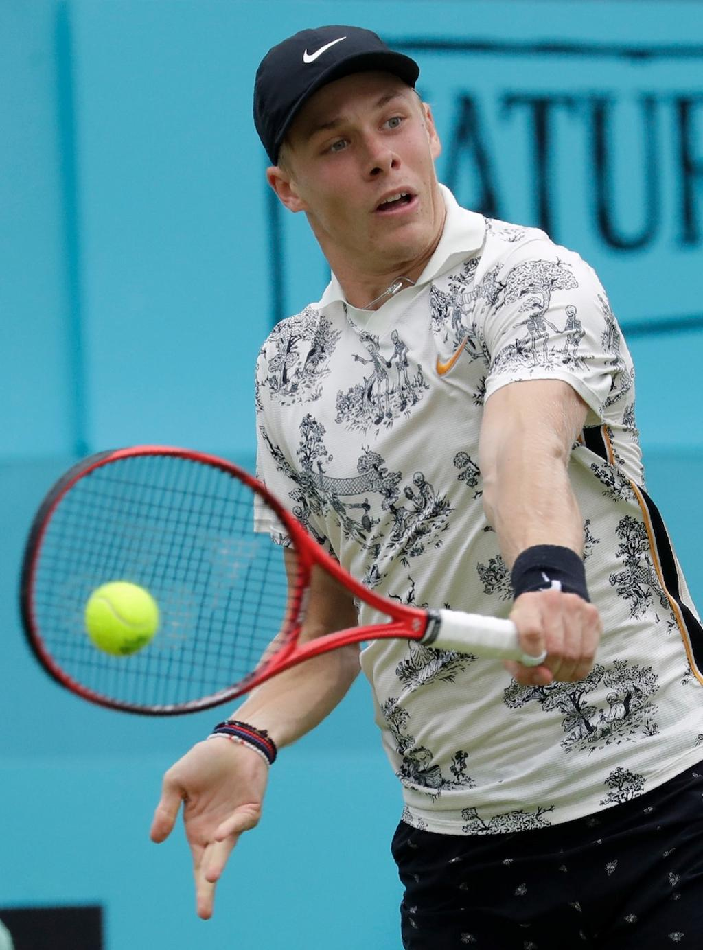 Denis Shapovalov au tournoi de Queens, à Londres, le 19 juin