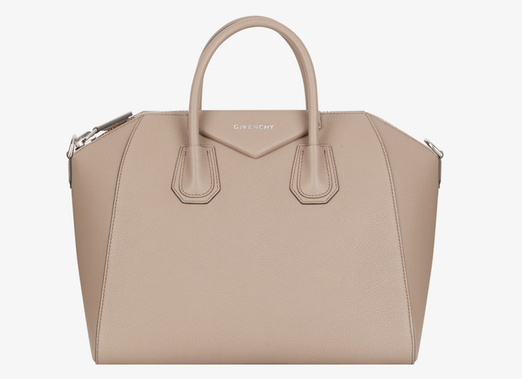 Sac Antigona medium en cuir de Givenchy (2630 $)
